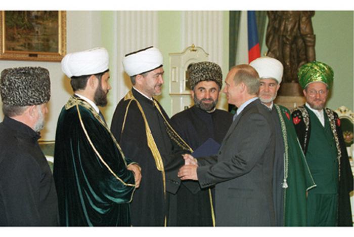 https://www.islamrf.ru/images/galleries/big/1309934181_24.07.2001.jpg